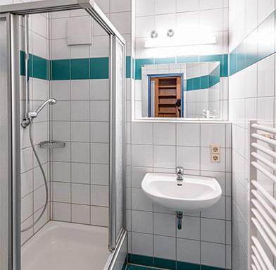 Internat Badezimmer